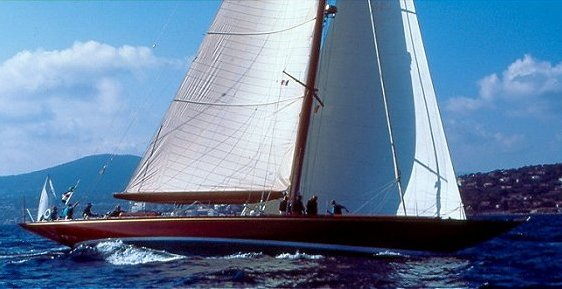 90 foot Cold-Molded Lift Keel Sloop