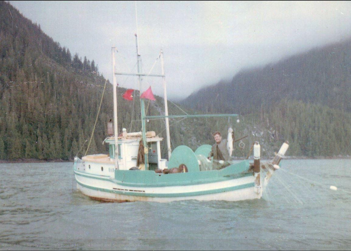 Restoration of the bc salmon troller petrel for Garden design troller boat
